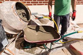 Popularne rodzaje betoniarek - na co zwrócić uwagę, którą wybrać?