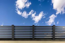 Słupki ogrodzeniowe - rodzaje, ceny, opinie, materiały, porady dla kupujących