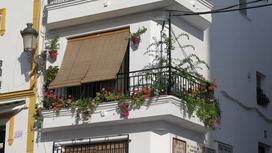 Rolety na balkon - rodzaje, ceny, opinie, co warto wybrać?