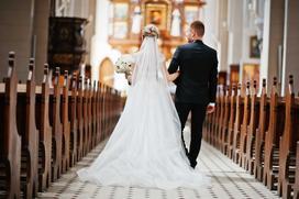 Ile kosztuje ślub kościelny? Sprawdzamy ceny krok po kroku