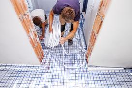 Ogrzewanie podłogowe w bloku krok po kroku – poradnik praktyczny