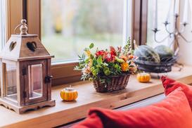 Parapety drewniane – wewnętrzne i zewnętrzne – ceny, opinie, porady