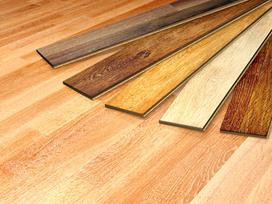 Dębowe deski podłogowe - ceny, rodzaje, opinie, porady