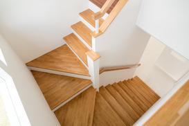 Wszystko, co musisz wiedzieć o schodach drewnianych