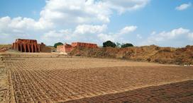 Budowa domu na działce rolnej - procedura i cena odrolnienia działki