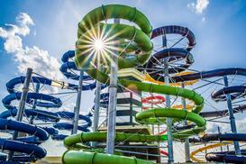 Cennik Suntago Wodny Świat – ceny biletów w porównaniu do innych aquaparków w Europie