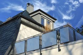 Wybieramy osłonową matę na balkon - rodzaje, ceny, opinie
