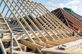 Przykłady konstrukcji dachu – porównujemy różne rodzaje dachów