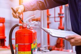 Podstawowe przepisy przeciwpożarowe w budownictwie