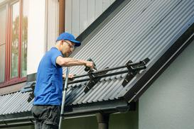 Jak wybrać śniegołapy dachowe? Rodzaje, ceny, zastosowanie, opinie