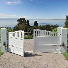 Dlaczego warto wyposażyć bramę w automatykę?