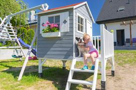 Wybieramy domki ogrodowe dla dzieci – rodzaje, ceny, opinie, porady
