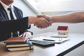 Umowa przedwstępna kupna działki - 7 rzeczy, na które warto zwrócić uwagę