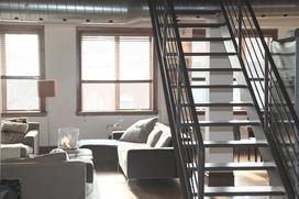 Mieszkanie dwupoziomowe – substytut domu w centrum miasta?