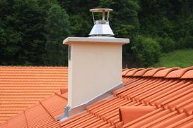Strażak na komin - po co go montować? Zobacz ceny, opinie i montaż krok po kroku