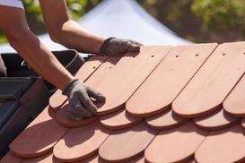 Pokrycia dachowe - rodzaje, ceny, sposoby montażu, opinie