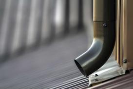 Rynny metalowe - rodzaje, wymiary, montaż, porady praktyczne