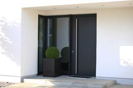 Nowoczesne drzwi wejściowe – modele, producenci, ceny, opinie