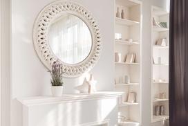 Dlaczego warto zawiesić lustro ozdobne w mieszkaniu? Lustra ozdobne jako dekoracja domu