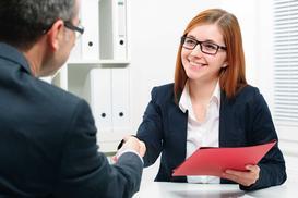 Czym jest leasing pracowników? Wyjaśniamy krok po kroku