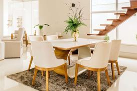Jak dobrać stół i krzesła do wnętrza? – pomysły, aranżacje, porady