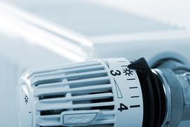 Ogrzewanie elektryczne może być ekonomiczne. Poznaj 5 zasad oszczędnego ogrzewania prądem