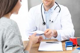 """Ceny tabletek """"dzień po"""" - sprawdzamy, ile zapłacisz za preparaty"""