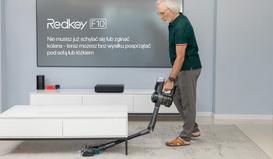 Twoi rodzice odkurzają dom w niewygodnej pozycji? Nie pozwól na to – podaruj im Redkey F10!