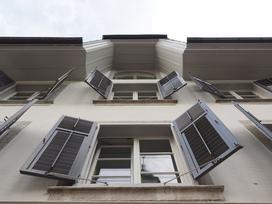 Czy w Polsce warto montować okiennice?