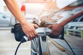 Koszt ładowania samochodu elektrycznego - ile kosztuje w przeliczeniu na przejechany kilometr?