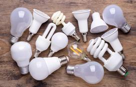Żarówki energooszczędne - moc, ceny, opinie, obliczamy oszczędności