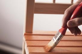 Farba do malowania mebli - rodzaje, ceny, opinie - co wybrać?