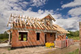 Budowa domu coraz droższa. Zobacz, ile będzie kosztował Cię dom w 2021 roku
