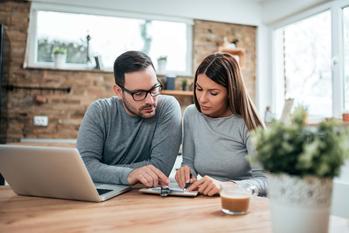 Czym jest protokół przedślubny? Wyjaśniamy krok po kroku