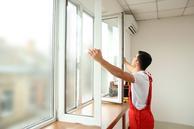 cennik montażu okien - sprawdź lokalne ceny wymiany okien