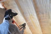 cennik ocieplania poddaszy pianką poliuretanową - sprawdź lokalne ceny izolacji natryskowych
