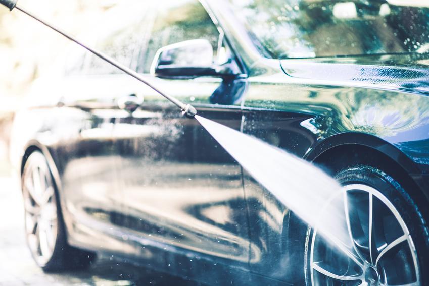 Mycie i pielęgnacja samochodu
