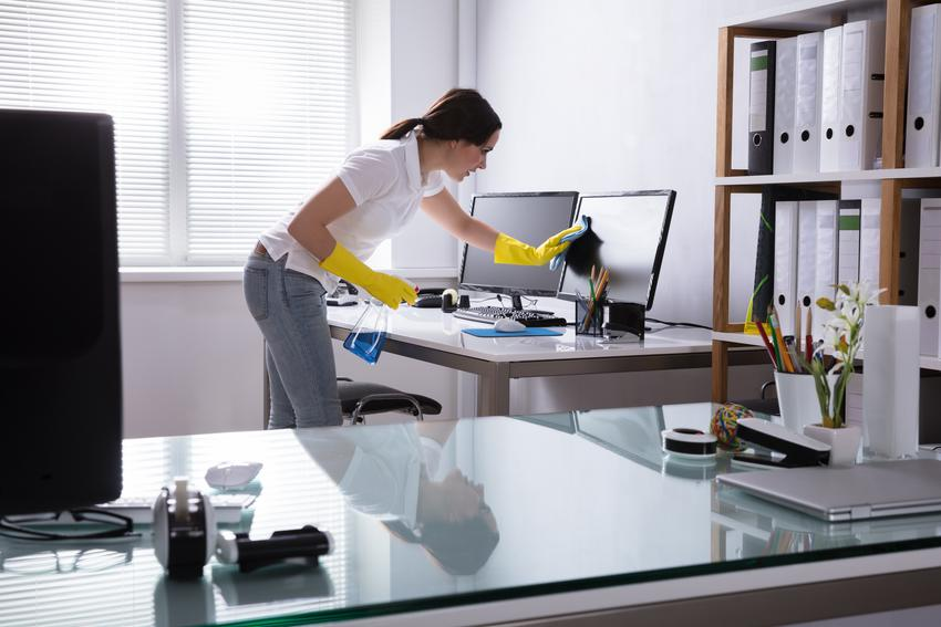 Uśredniony koszt sprzątania biur o powierzchni do 100 m2. Usługa wykonywana cyklicznie. Czas pracy do 2 godzin.