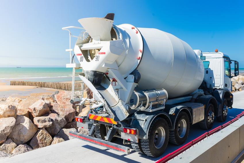 Cena zakupu betonu klasy B15/C12. Koszt w przeliczeniu na m3 materiału.