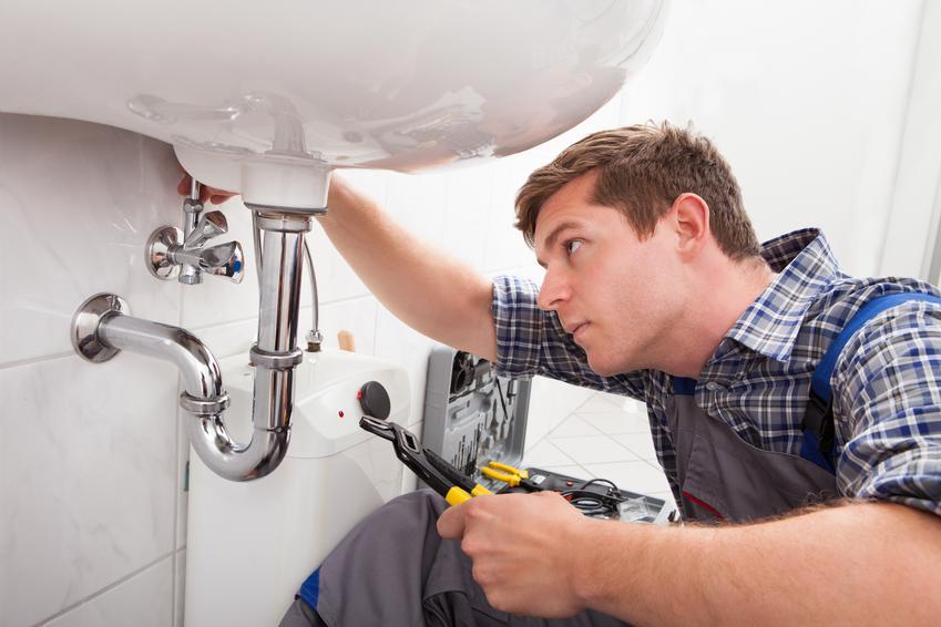 Montaż umywalki łazienkowej. Cena zawiera podłączneie do instalacji i przytwierdzenie do ściany za pomocą śrób, wkrętów bądź wsporników.
