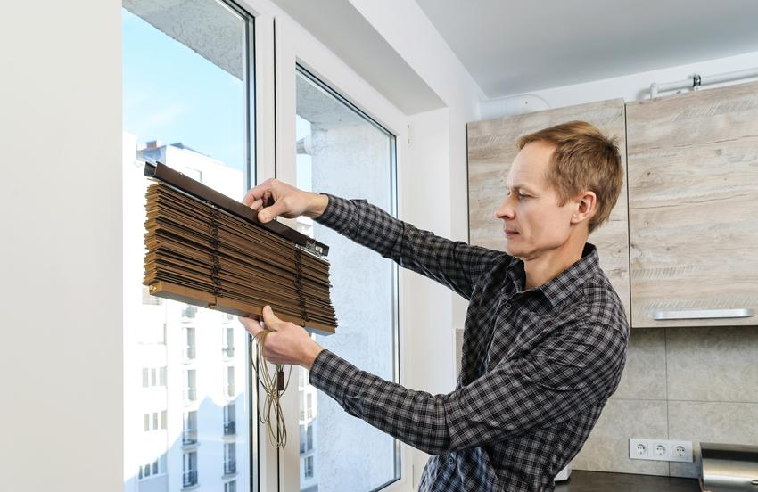 Uśredniony koszt zakupu żaluzji plisowanych. Większy wymiar 60 x 150 cm. Dobra jakość wykonania, cena bez usługi montażowej.