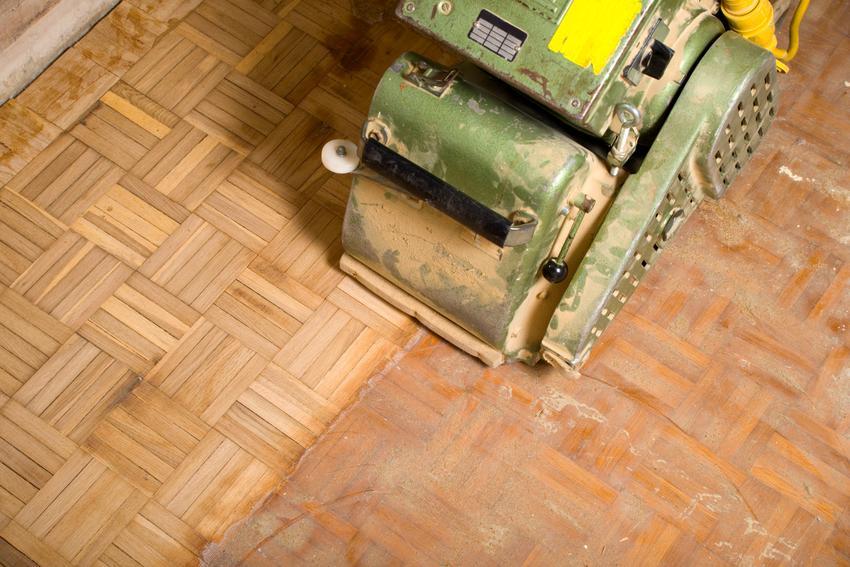 Uśredniony koszt cyklinowania parkietu i surowych desek drewnianych. Normany stopień skomplikowania prac.