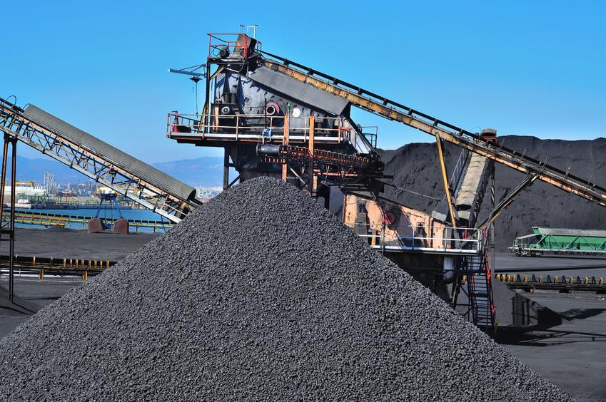 Uśredniona cena zakupu węgla z kopalni Piast. Wartość opałowa ok. 25 MJ/kg.