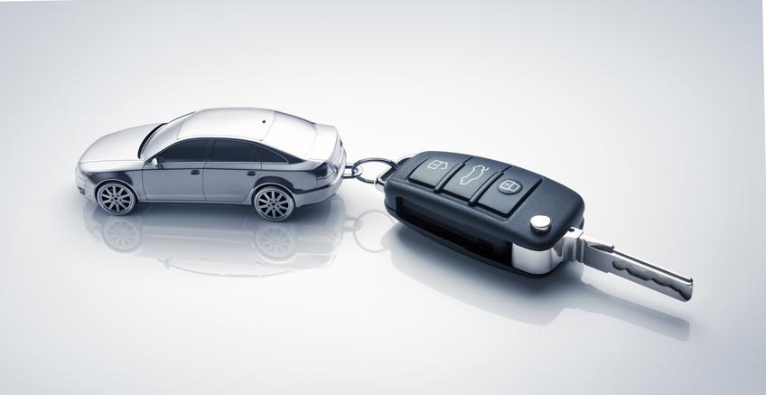 Uśredniony koszt dorobienia klucza samochodowego ze stałym kodowaniem.