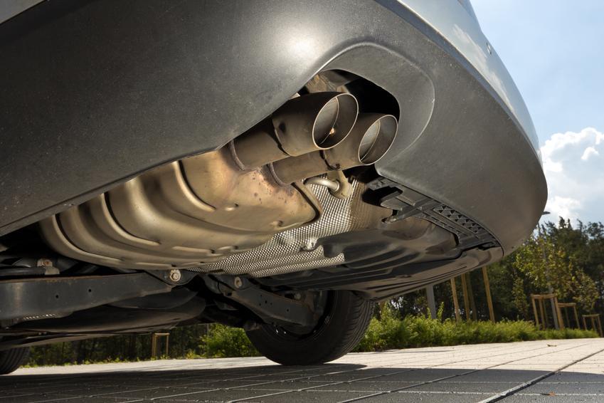 Średnia cena skupu katalizatorów do pojazdów BMW. Numer katalizatora 780411206 lub 7795819S. Stawka VAT na złom - odwrotne obciążenie.