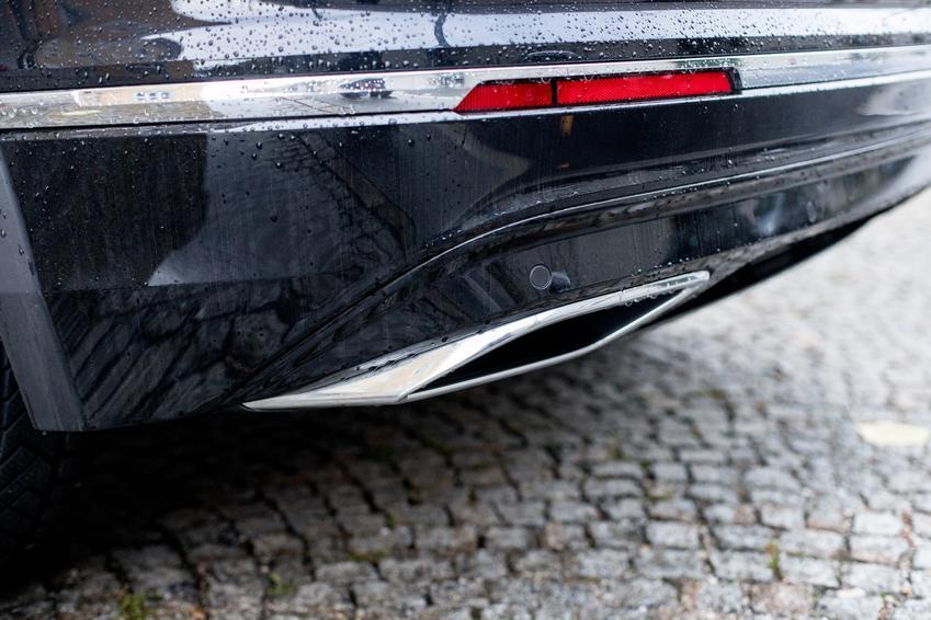 Średnia cena skupu katalizatorów do samochodów marki Renault. Numer katalizatora C113/C-113/8200018566. Stawka VAT na złom - odwrotne obciążenie.