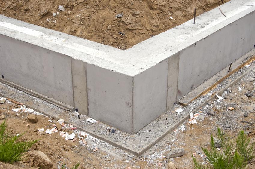 Koszt wykonania ściany fundamentowej z bloczków betonowych.na zaprawie cementowej.