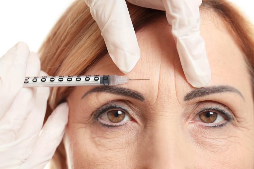 Średnia cena wstrzyknięcia botoksu wokół oczu. Zabieg redukujący kurze łapki. Dobra jakość preparatu, stawka sprawdzonego gabinetu medycyny estetycznej.