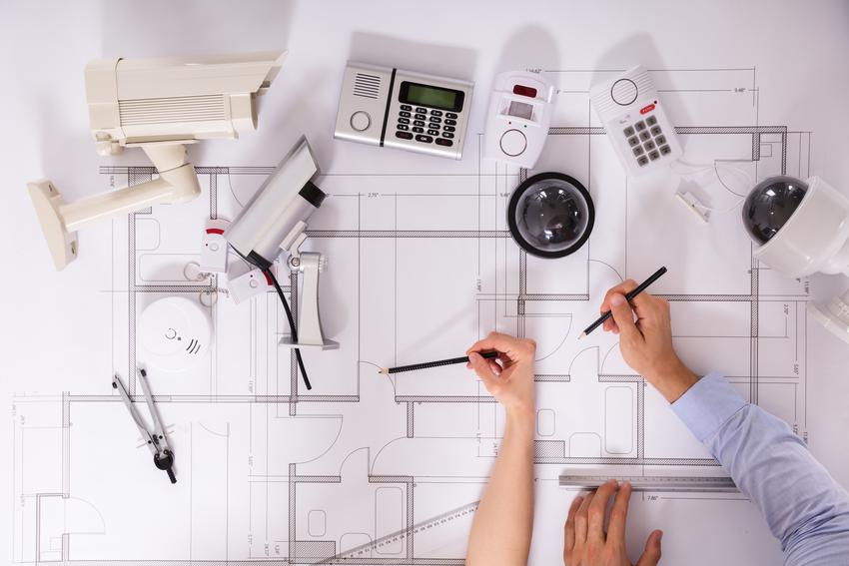 Montaż punktu wypustowego instalacji alarmowej. Normalny stopień skomplikowania prac