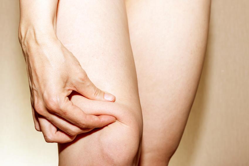 Średni koszt odsysania tłuszczu z okolicy kolan. Normalny stopień skomplikowania usługi, cena sprawdzonej kliniki medycyny estetycznej.